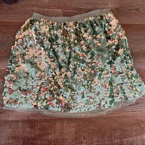 🍀 $5 for $25.00 sequin skirt